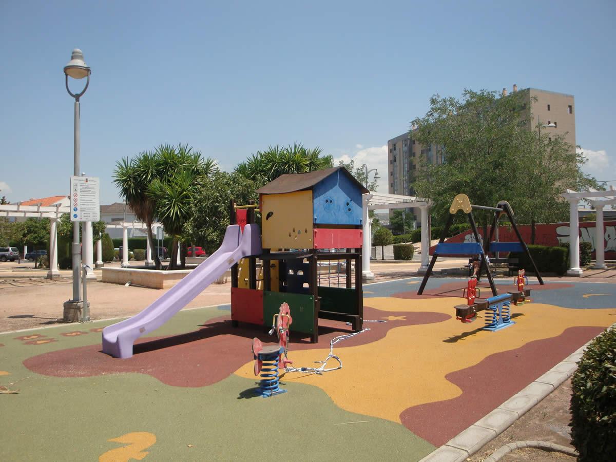 GESA, S.L. Adjudicatària del servei de consultoria per a la redacció de projecte, direcció d'obra i coordinació de seguretat i salut de l'obra a realitzar en Plaça Cuba i Plaça de la Barriada de les Caserías, al municipi d'Armilla - Granada